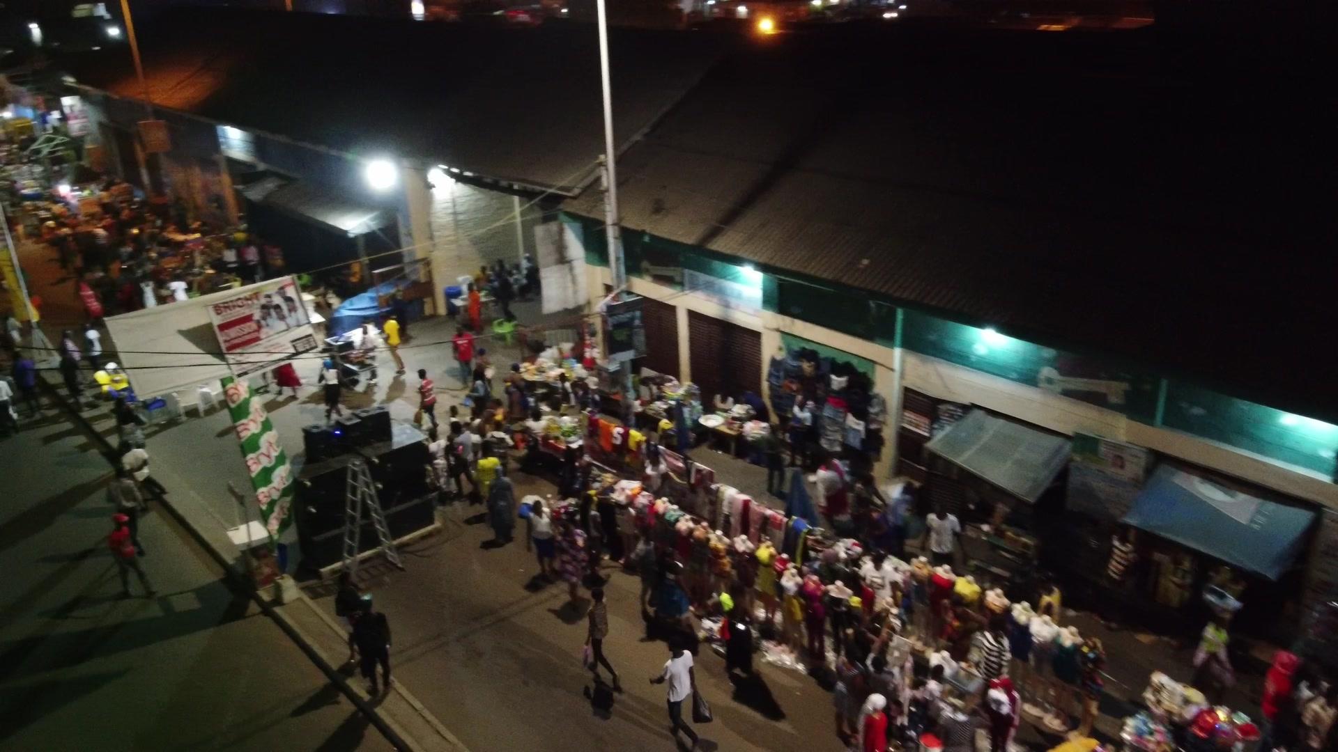 Koforidua Night Street Market Crowded Traders Busy Scene 2
