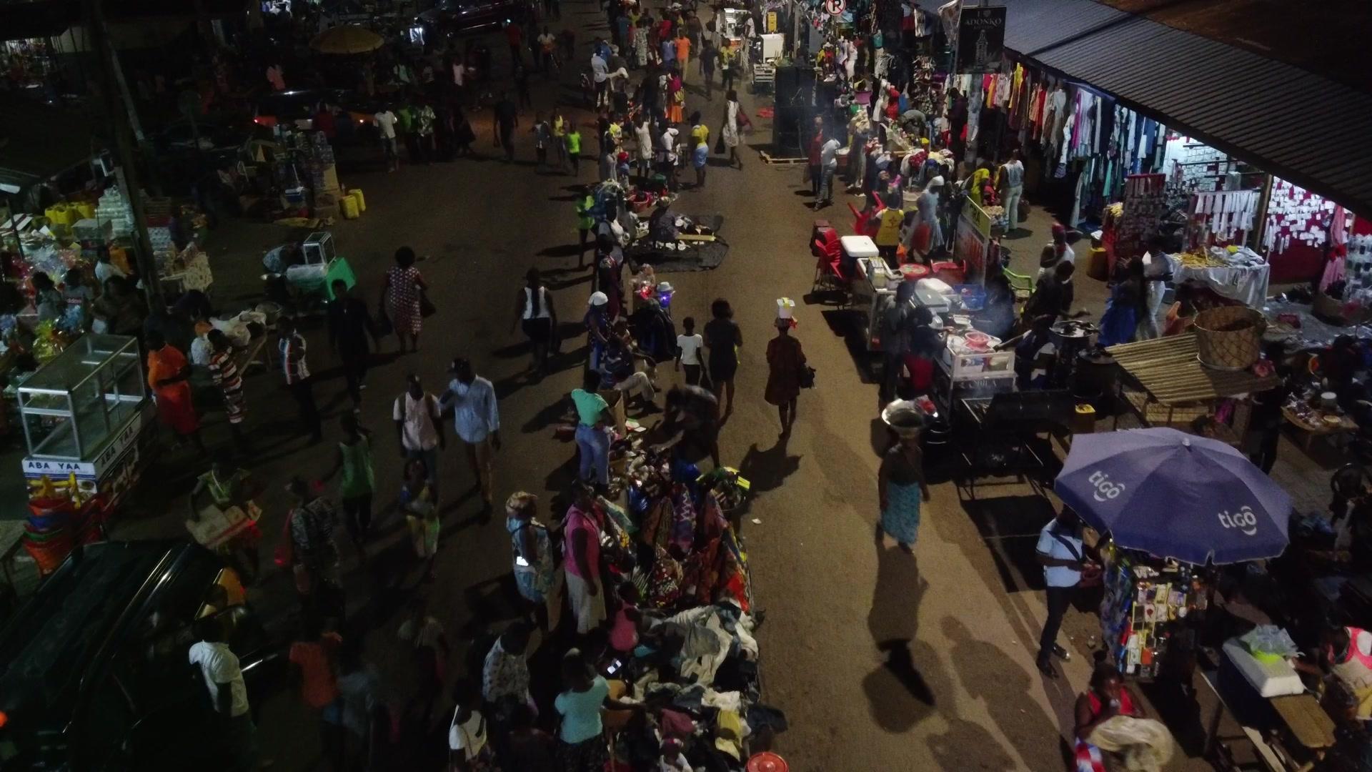 Koforidua Night Street Market Crowded Traders Busy